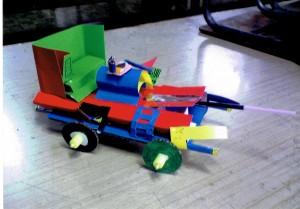 男の子:車作り